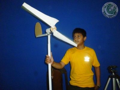 Building of wind turbine from PVC pipe & Dynamo