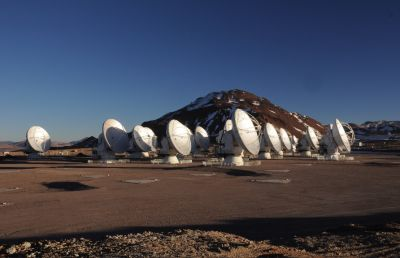 The Atacama Large Millimeter Array (ALMA)