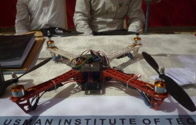 Project: Quadcopter by UIT Students