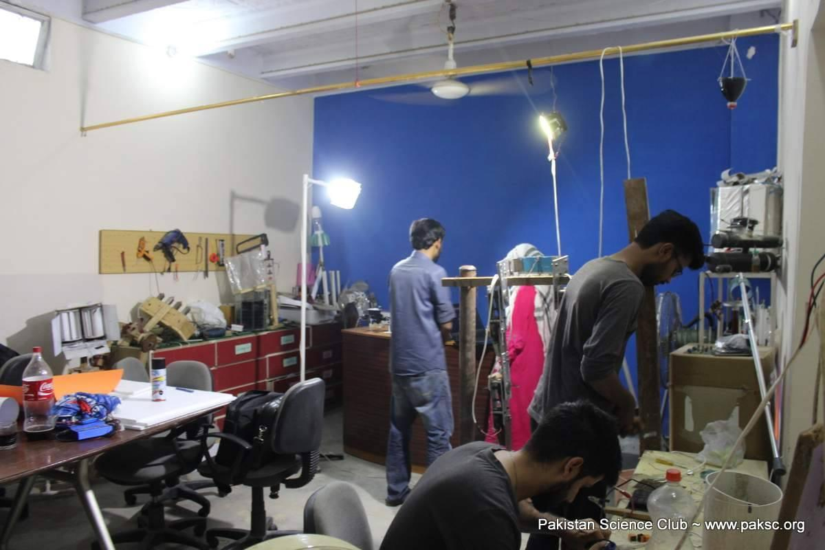 Pakistan Science club MakerSpace / Tinkring Lab