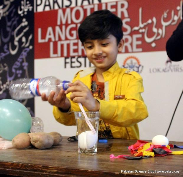 PSC conducted hands-on activities and Fun Science show at Lok Virsa