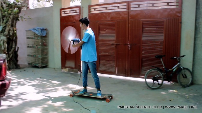 Fun Time with Wind Powered Skateboard