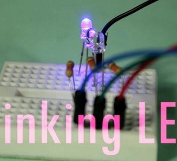 Arduino Lesson number 3 in Urdu, Multiple Blinking LED