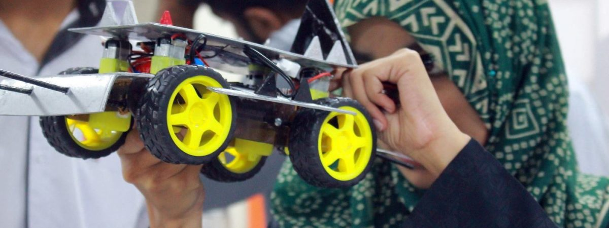 Mobile Controlled Robot, Hands-on Workshop for O/A Level Students